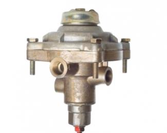 Клапан управления тормозами прицепа  с однопроводным приводом