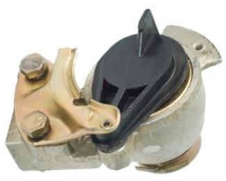 Головка соединительная с ускорительным  клапаном